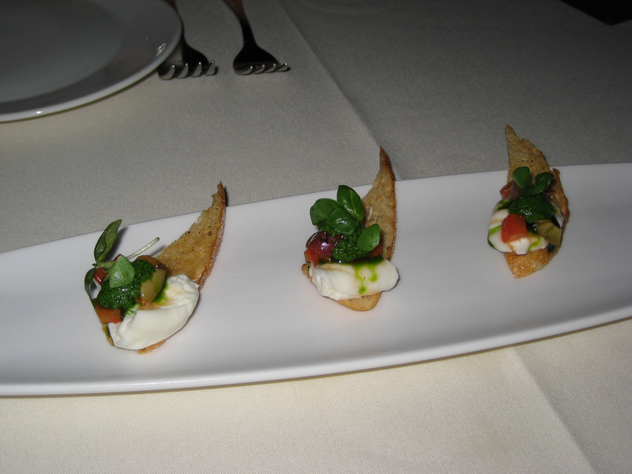 Market restaurant bar delighted palate for Amuse bouche cuisine